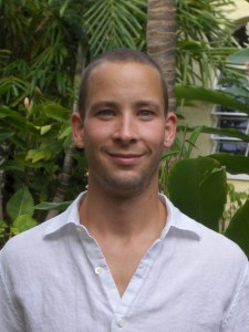Dr. Casey Klofstad